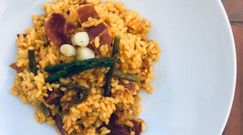 receta-arroz-jamon-ibérico-esparragos-trigueros-ajos-tiernos-4