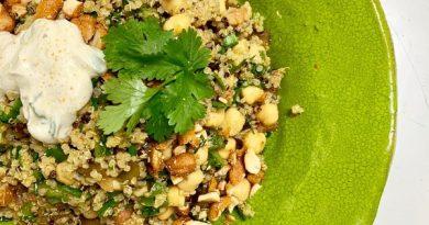 Ensalada especiada  de Quinoa  con  garbanzos