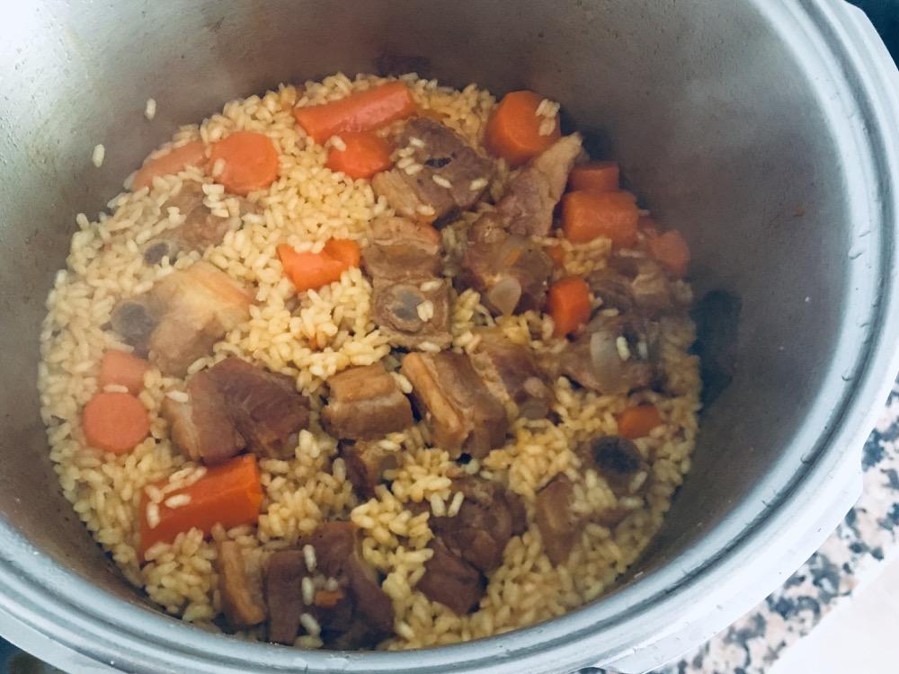 arroz-express-de-costillas-y-zanahoria
