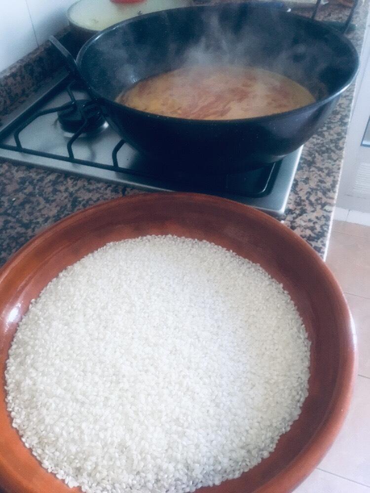 receta-arroz-al-horno-atun-huevo-frito
