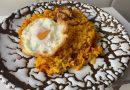 Arroz al horno de atún con huevo frito
