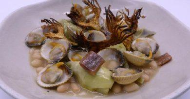 Judías con berberechos, anchoas y alcachofa confitada